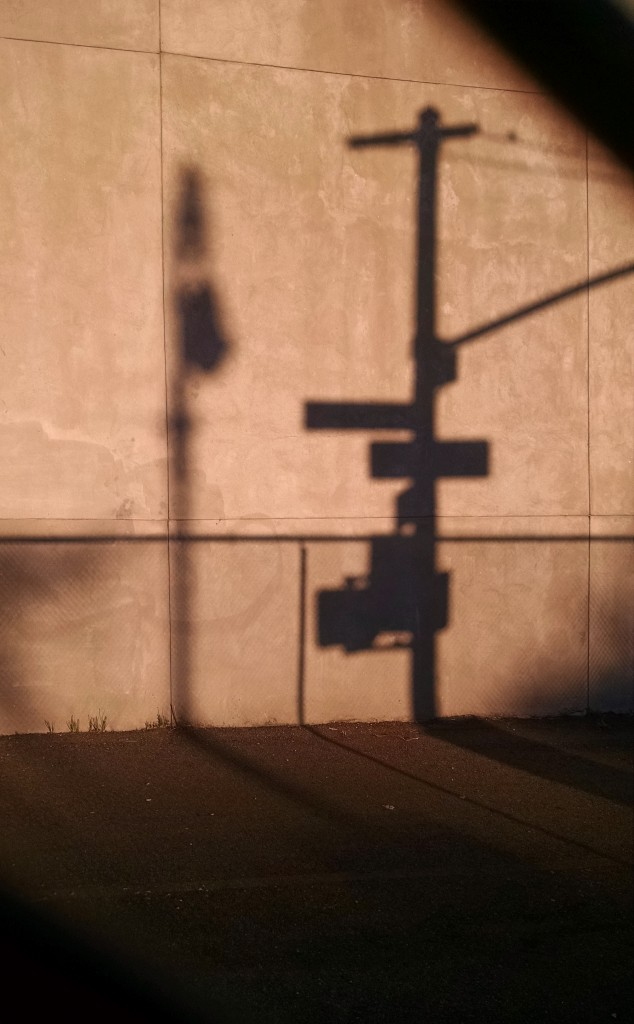 shadow.streetlight